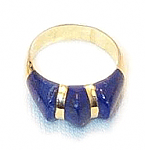 18K Gold Three Stone Sculpted Ring